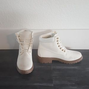 White Gold Timberland Detailed ETC Boots